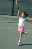 Muchacha que juega al tenis 2 fotos de archivo libres de regalías