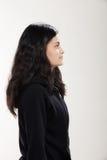 Muchacha que lleva la camiseta negra Imagenes de archivo