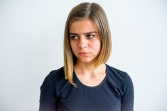 Muchacha que muestra emociones Foto de archivo libre de regalías