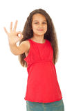 Muchacha que muestra la mano aceptable de la muestra Imagen de archivo libre de regalías