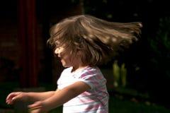 Muchacha que mueve la pista Imagenes de archivo