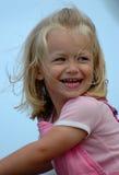 Muchacha que ríe nerviosamente Fotos de archivo