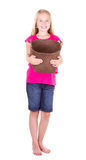 Muchacha que sostiene la cesta vacía Imágenes de archivo libres de regalías