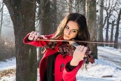 Muchacha que toca el violín Fotografía de archivo