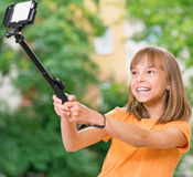 Muchacha que toma el selfie Imágenes de archivo libres de regalías