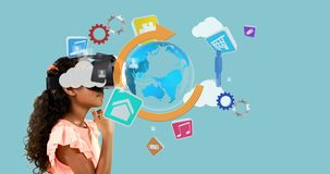 Muchacha que usa las auriculares de la realidad virtual con los iconos digital generados 4k almacen de metraje de vídeo