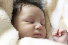 Muchacha recién nacida Fotos de archivo libres de regalías