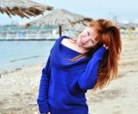 Muchacha redheaded feliz Imagen de archivo libre de regalías