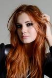 Muchacha roja del pelo Foto de archivo libre de regalías