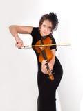 Muchacha romántica atractiva que toca el violín Fotografía de archivo