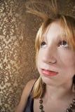 Muchacha rubia aburrida joven Fotografía de archivo