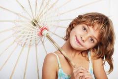 Muchacha rubia con el paraguas Fotos de archivo