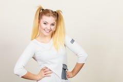 Muchacha rubia feliz del adolescente con las colas de caballo Foto de archivo libre de regalías