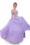Muchacha rubia joven en ball-dress de la lila Imágenes de archivo libres de regalías