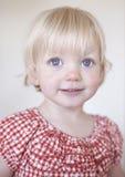 Muchacha rubia linda imagen de archivo libre de regalías