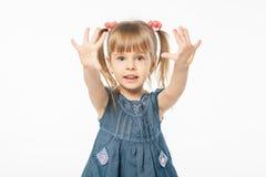 Muchacha rubia linda en vestido azul Fotografía de archivo libre de regalías
