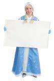 Muchacha rusa de la Navidad con la bandera en blanco Fotos de archivo libres de regalías