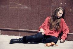 Muchacha sin hogar Foto de archivo libre de regalías