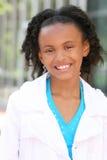 Muchacha sonriente del adolescente del afroamericano Imagenes de archivo
