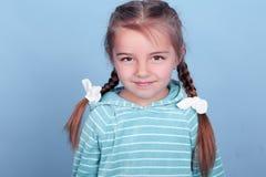 Muchacha sonriente del niño Imágenes de archivo libres de regalías