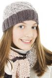 Muchacha sonriente en estilo del invierno. Foto de archivo libre de regalías