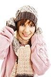 Muchacha sonriente en estilo del invierno Fotos de archivo