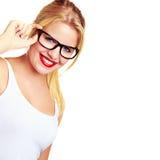 Muchacha sonriente rubia atractiva Imagen de archivo