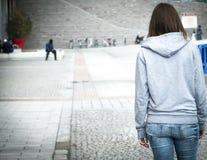 Muchacha urbana del abuso de la soledad Foto de archivo libre de regalías