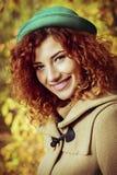 Muchacha verde del sombrero Foto de archivo