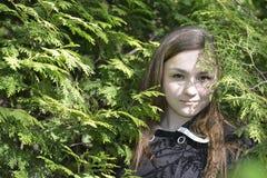 Muchacha Victoria en el bosque Imagenes de archivo