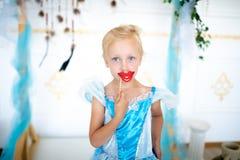 Muchacha virginal de la princesa de la nieve fotografía de archivo libre de regalías