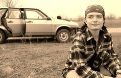 Muchacha y coche Fotografía de archivo