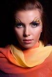 Muchacha y maquillaje inusual. Imagen de archivo libre de regalías