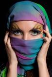 Muchacha y maquillaje inusual. Foto de archivo libre de regalías
