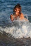 Muchacha y mar Imagen de archivo libre de regalías
