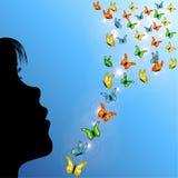 Muchacha y mariposas en cielo Fotografía de archivo libre de regalías