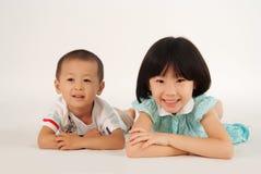 Muchacha y muchacho Fotografía de archivo libre de regalías