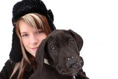 Muchacha y perrito bonitos Imagenes de archivo