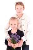 2 muchachas adolescentes en un fondo blanco Foto de archivo libre de regalías