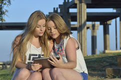 Muchachas adolescentes rubias Fotografía de archivo