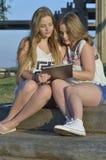 Muchachas adolescentes rubias Imagen de archivo libre de regalías