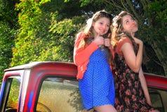 Muchachas adolescentes tontas de BFF Foto de archivo libre de regalías