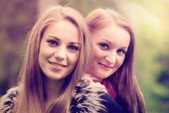Muchachas bonitas jovenes Imagen de archivo libre de regalías