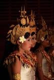 Muchachas camboyanas de la danza Foto de archivo