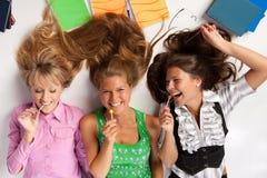 Muchachas con el lollipop Imágenes de archivo libres de regalías
