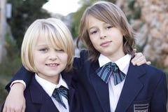 Muchachas de la escuela en uniforme Imágenes de archivo libres de regalías