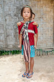 Muchachas de Laos con el bebé en la parte posterior Imagenes de archivo