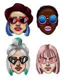 Muchachas de moda de la moda con las gafas de sol Diverso tipo de gafas de sol y de cara Ilustración del vector Fotos de archivo
