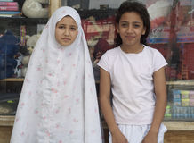 Muchachas del refugiado de Iraq Foto de archivo