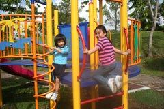 Muchachas en el parque Foto de archivo libre de regalías